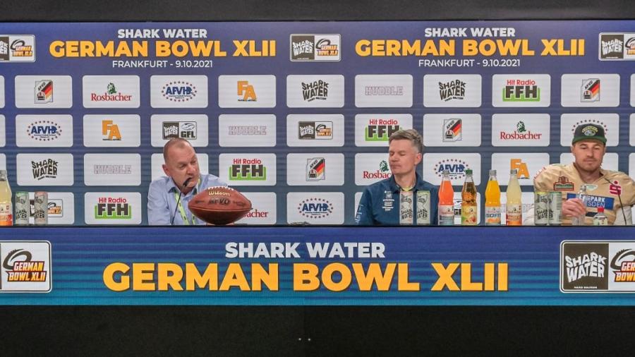 20211009-german-bowl-shu-vs-dresden-monarchs-d789288F1529A97-C4E7-E884-FDF2-E6A9FC8F12A0.jpg